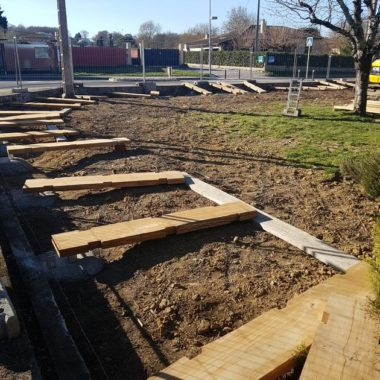 Construction mur anti son au Biergarten