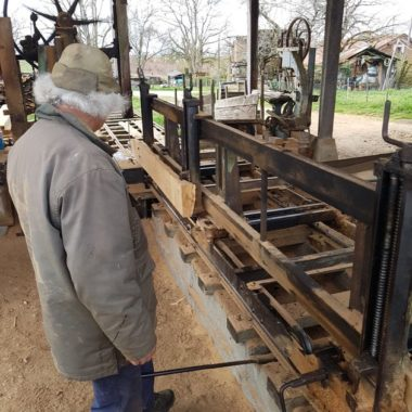Scierie de 80 ans pour le bois du Biergarten