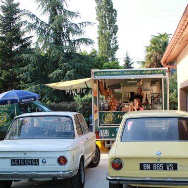 BMW anciennes au Biergarten