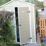 Avant le WC était la cabanne au fond du jardin
