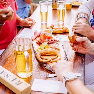Partage de repas entre amis